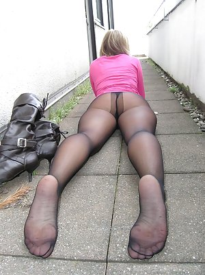 Asian Pantyhose Porn Pictures